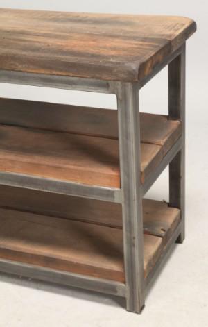 lav reol Lav reol i industriel design af metal og egetræ. | Lauritz.com lav reol