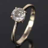 Solitaire ring I 14 kt. guld med brillant sleben diamant 0.71 ct