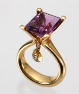 Ole Lynggaard. 'Sofia' ring with amethyst and diamonds