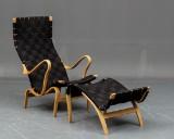Bruno Mathsson Pernilla stol samt skammel (2)