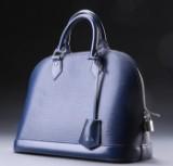 Louis Vuitton. Taske, model Alma,