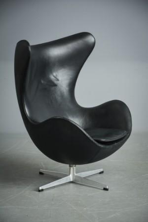 arne jacobsen sessel 39 das ei 39 schwarzes leder. Black Bedroom Furniture Sets. Home Design Ideas