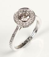 Brilliant-cut diamond ring, 14 kt. rhodium-plated gold