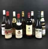 Konvolut Weinflaschen (9)