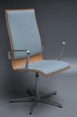 Arne Jacobsen, Oxford armchair, model 3273, Brown Label, oak
