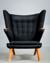 Hans J. Wegner, Papa Bear Chair, charcoal grey/black wool