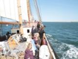 Sejltur for fire personer, med smagsprøver ombord på FOLKESKIBET tirsdag den 14. juni kl. 16:30 til 18.30 i København.