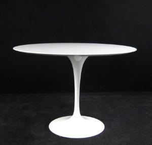 vara 3120415 eero saarinen esstisch tisch in marmor aus der tulip gruppe von knoll international. Black Bedroom Furniture Sets. Home Design Ideas
