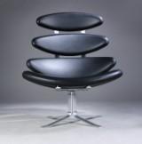 Poul M. Volther. 'Corona' lænestol, sort læder, model EJ 5