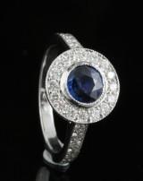 18kt diamant og safir ring Ca. 0.66ct <br>