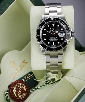9b3f0c6774a Rolex 'Submariner'. Herreur i stål med sort skive med dato - boks + cert.  2008   Lauritz.com