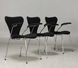 Arne Jacobsen, karmstol 3207 'Sjuan', ull