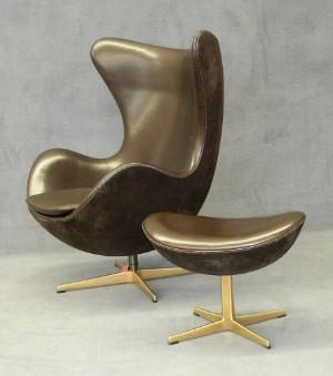 Arne Jacobsen Golden Egg Chair With Ottoman 2 Lauritzcom