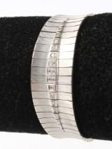 Diamond bracelet, 18 kt. rhodium-plated gold, 67.8 grams
