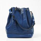 Louis Vuitton axelbandsväska Noé i blått skinn