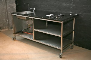 ware 2449862 mobile k che gartenk che aus rostfreiem stahl und 30mm granit arbeitsplatte mit. Black Bedroom Furniture Sets. Home Design Ideas