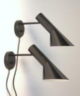 Arne Jacobsen ( 1902- 1971 ) : Par AJ væglampe (2)