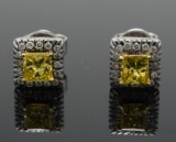 Pair of ear studs with Fancy Canary Yellow and brilliant-cut diamonds
