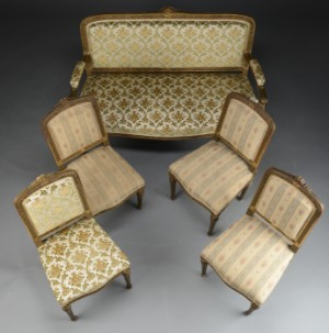 lot 4253721 m blement i louis xvi stil sofa og fire stol ca 1890 5. Black Bedroom Furniture Sets. Home Design Ideas