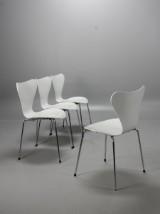 Arne Jacobsen, Sjuan stolar, Pearl, 4 st