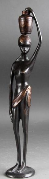 Skulptur af bronze i form af afrikansk kvinde
