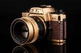Leica R4 Summilux 1:1,4/50. 24 carat gold camera