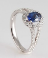Ring set with sapphire & brilliant cut diamonds 0.60 ct