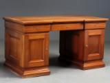 Skrivebord af mahogni