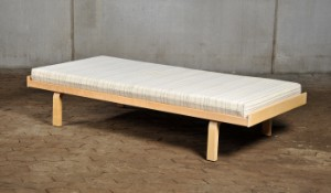 briks seng Alvar Aalto 1898 1976. Briks / seng   Lauritz.com briks seng