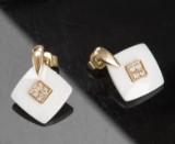 Ørestikker i guld med brillanter og keramik, et par (2)