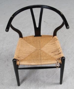 l nestole k b og salg af moderne nyt antikke og brugte hans j wegner y stol model ch 24. Black Bedroom Furniture Sets. Home Design Ideas