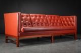 Erik Jørgensen. Tre-pers. sofa, model EJ315