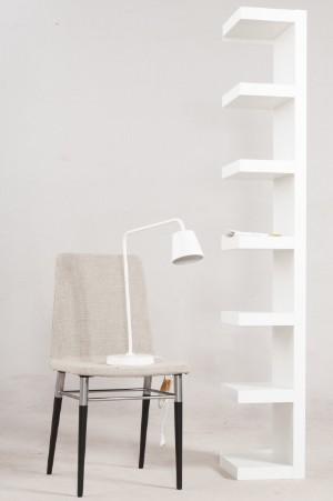 Wandregal Lack Stuhl Preben Und Arbeitsleuchte Tisdagvon Ikea 3