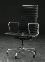 Charles Eames. Office chair, Aluminum Group Executive series, black leather