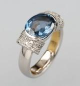 Ring with zircon and diamonds