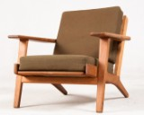 Hans J. Wegner, lounge armchair/chair model GE-290 in oak for GETAMA