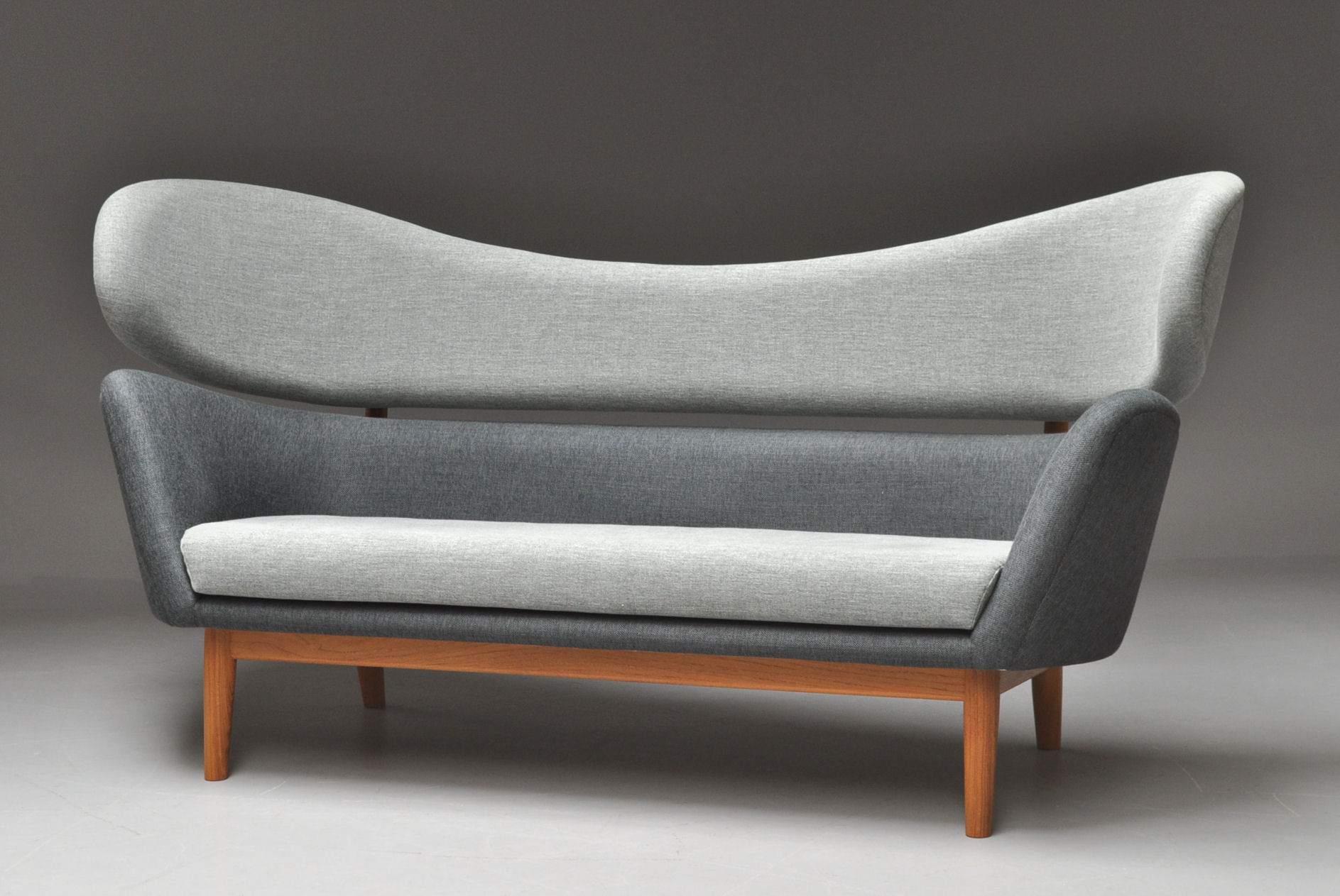 Finn Juhl. Fritstående Baker Sofa Click Here To See A Larger Picture