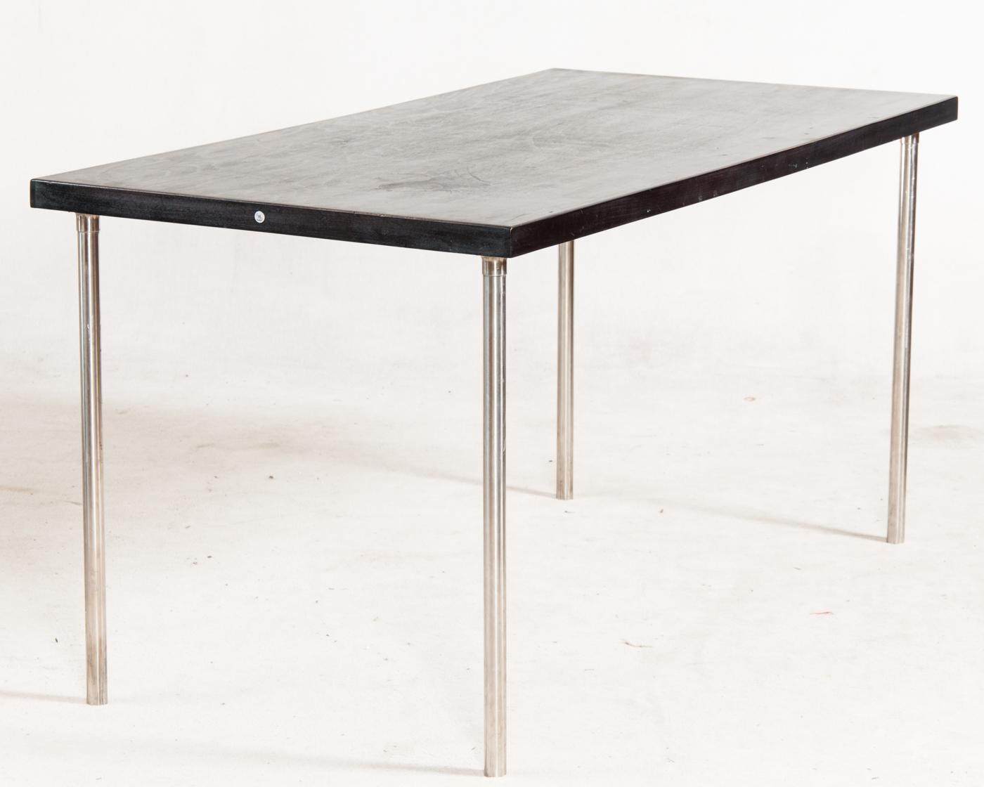 Marcel breuer tisch for Eiermann replica