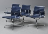Charles Eames. A set of four office chairs from the Aluminium Group series, model EA-107 (4)