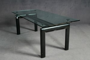 Le Corbusier, dining table/table model \'LC 6\' for Cassina   Lauritz.com