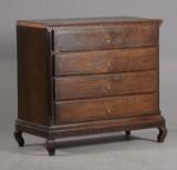 Dragkiste af eg, ca. 1800