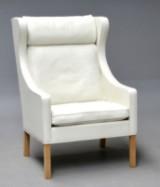 Børge Mogensen. Wing chair, model 2204. Display model, white leather