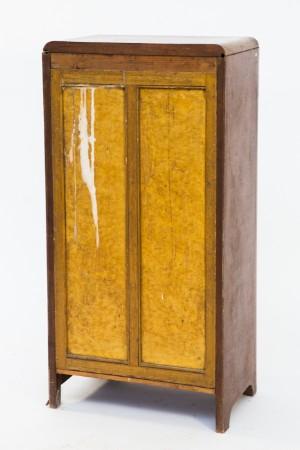 vitrine art d co tropisches holz. Black Bedroom Furniture Sets. Home Design Ideas