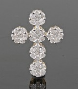 Diamond cross pendant in 14kt approx. 0.75ct This lot has been put up for resale under the new lot no. 3475290