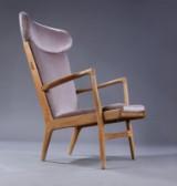 Hans J. Wegner. Sessel mit Nackenstütze Modell AP15