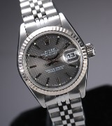 Rolex 'Datejust'. Ladies watch, steel with silver-coloured dial, c. 1984