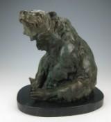 Bronzeskulptur 'Sitzender Bär'