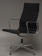 Charles Eames. Conference chair, model EA-109