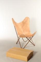 Butterfly chair / Flagermusstol, naturfarvet skind