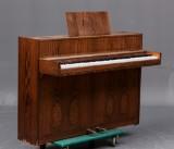 Brdr. Jørgensen piano af santos-palisander